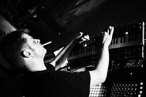 Michael Knead playing live Electronica, Concert in Germany